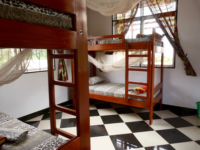 Rafiki Backpackers 4 Bed Dormitory