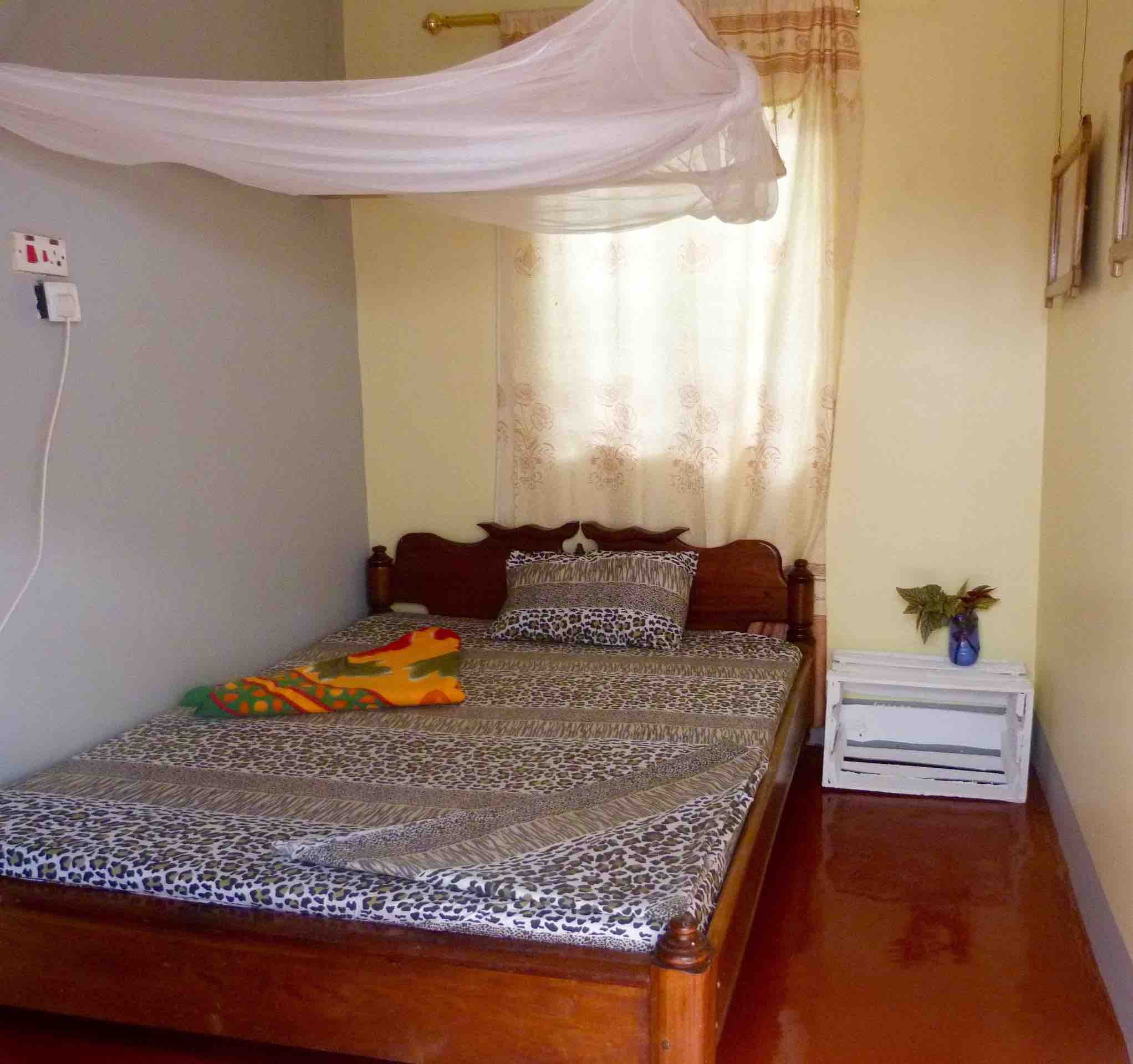 Rafiki Backpackers Single Room